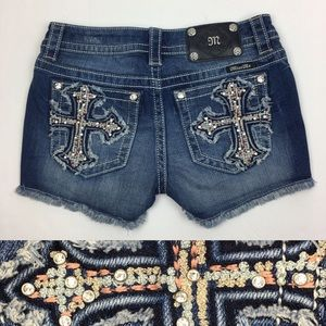 Miss Me Jean Shorts Frayed Hem -waist measures 28""